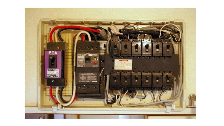エアコン工事/電圧切り替え工事